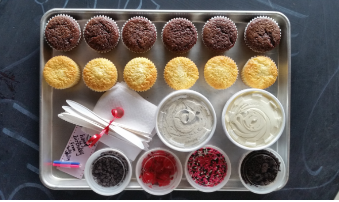 How to Host a Cupcake Decorating Party That Your Kids Will Love