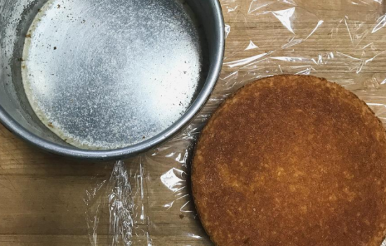 How to Keep Your Cakes From Sticking: Homemade Pan Release { aka Pan Goop and Bakers Spray}